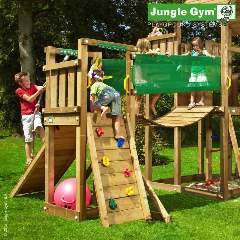 Jungle Gym Tower Lekställning med Sandset och Hörby Bruk Gungställning